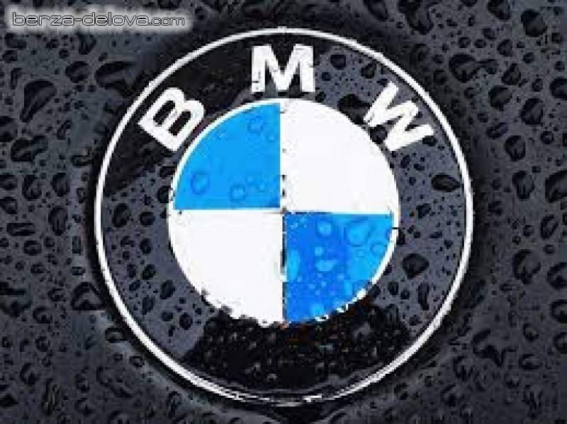 BMW 318d 2009GOD POLOVNI DELOVI